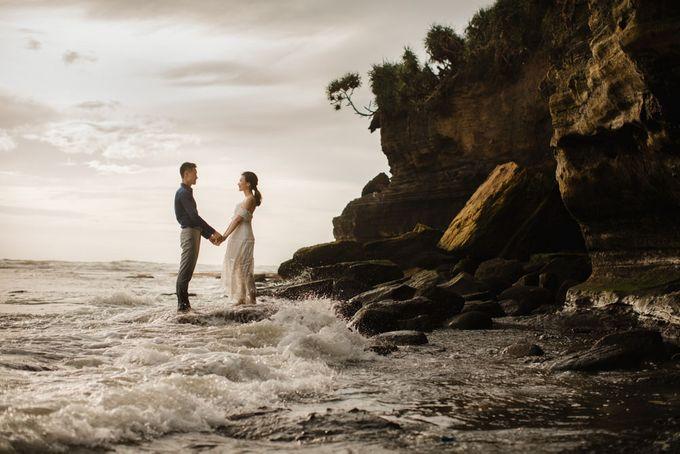 Foto pertunangan di tegenungan bali by Maxtu Photography - 039