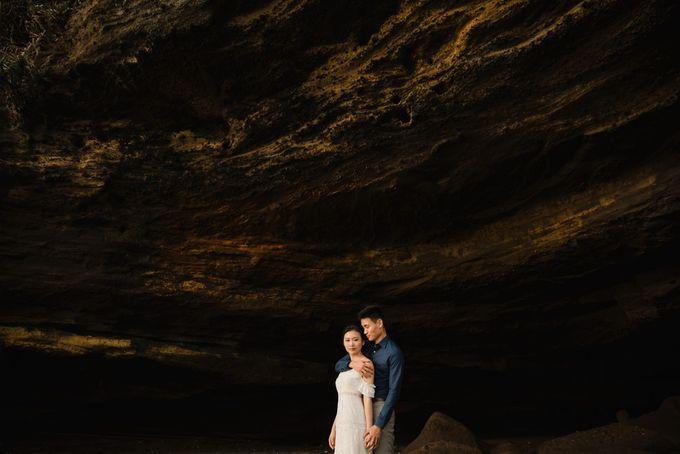 Foto pertunangan di tegenungan bali by Maxtu Photography - 040