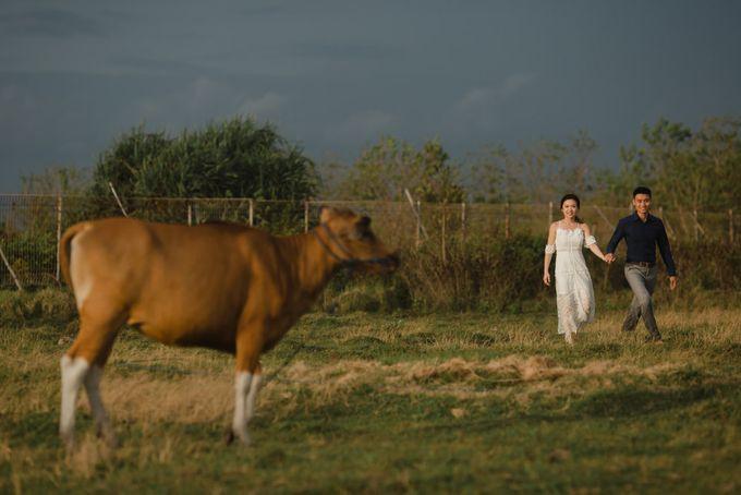 Foto pertunangan di tegenungan bali by Maxtu Photography - 046
