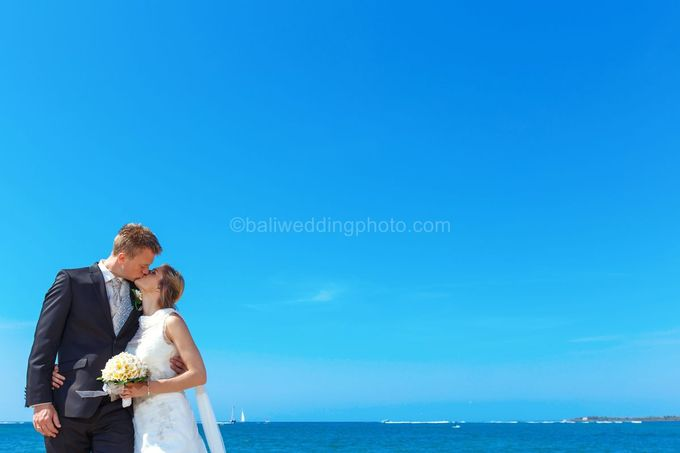 Full Day Pre Wedding of Maria and Sebastian by D'studio Photography Bali - 002