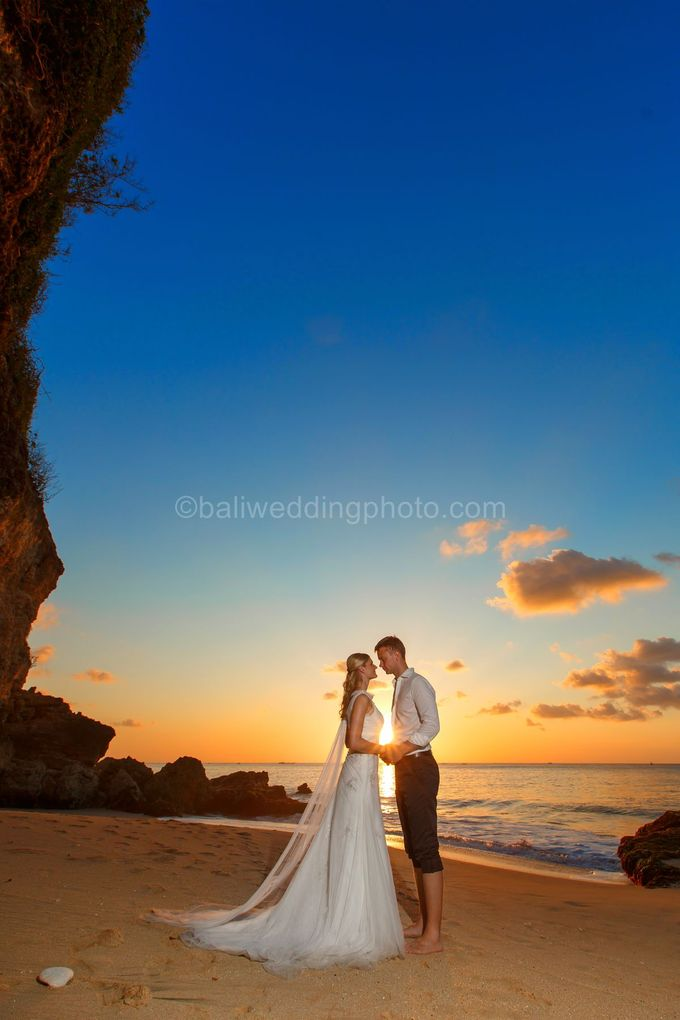 Full Day Pre Wedding of Maria and Sebastian by D'studio Photography Bali - 034