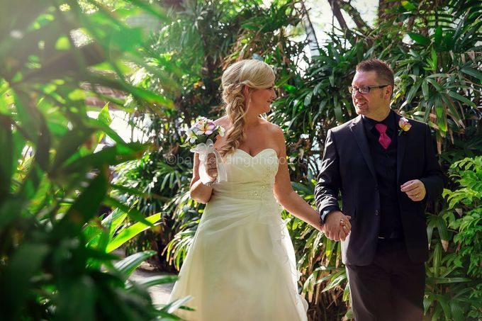 Renae and Mark Wedding Photography at Bali Garden Beach Resort by D'studio Photography Bali - 023