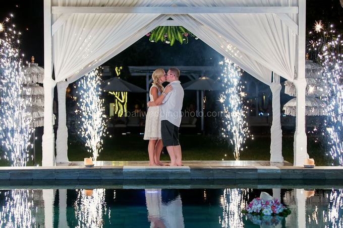 Renae and Mark Wedding Photography at Bali Garden Beach Resort by D'studio Photography Bali - 048