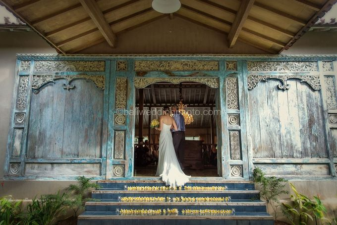 Wedding Photo of Ash and Bambi at Private Villa in Jimbaran by D'studio Photography Bali - 009