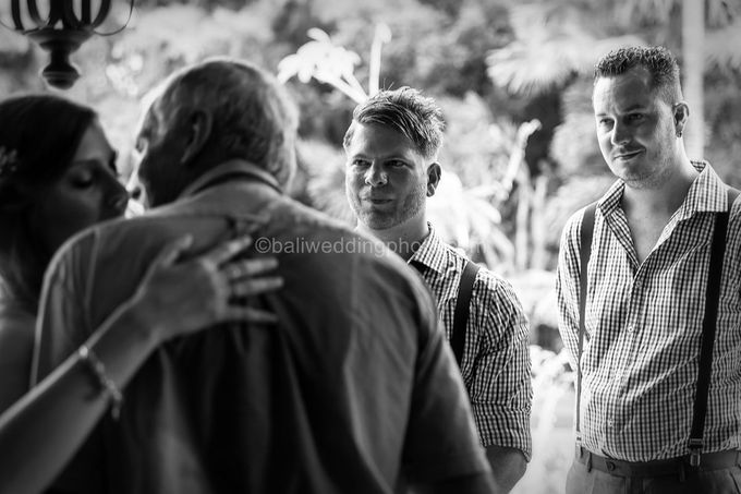 Wedding Photo of Ash and Bambi at Private Villa in Jimbaran by D'studio Photography Bali - 011