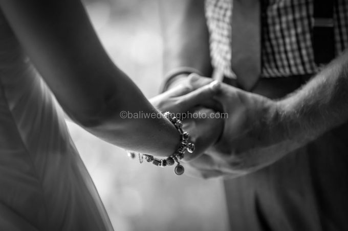 Wedding Photo of Ash and Bambi at Private Villa in Jimbaran by D'studio Photography Bali - 014