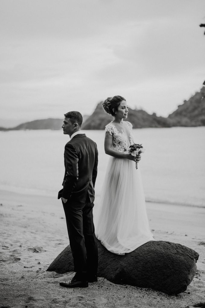 Beach Wedding at Plataran Komodo Resort and Spa by Plataran Indonesia - 003