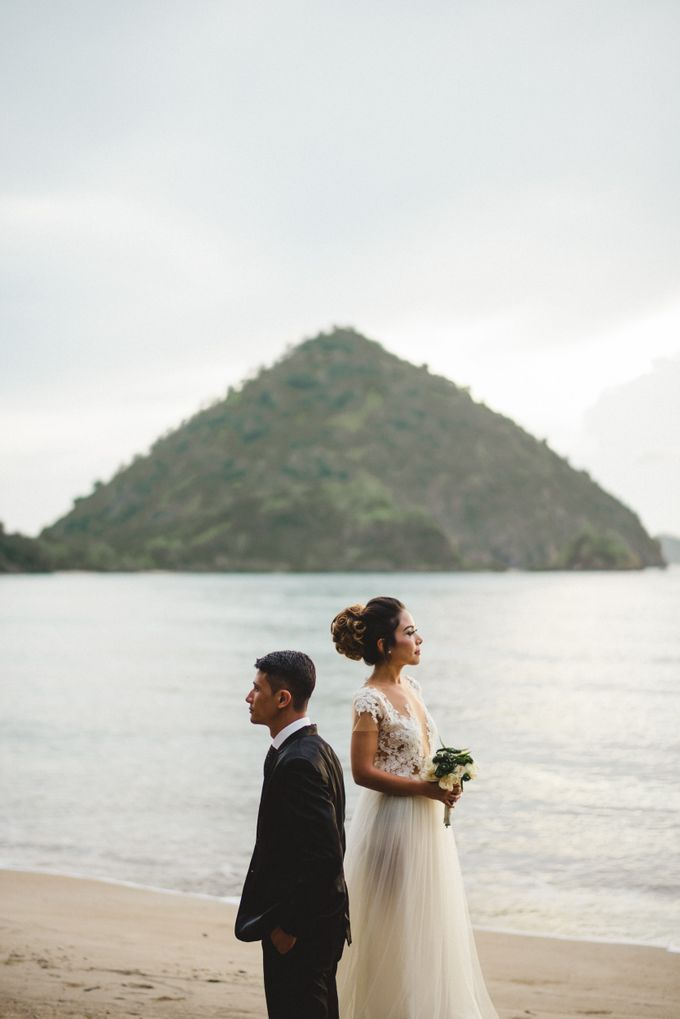 Beach Wedding at Plataran Komodo Resort and Spa by Plataran Indonesia - 004