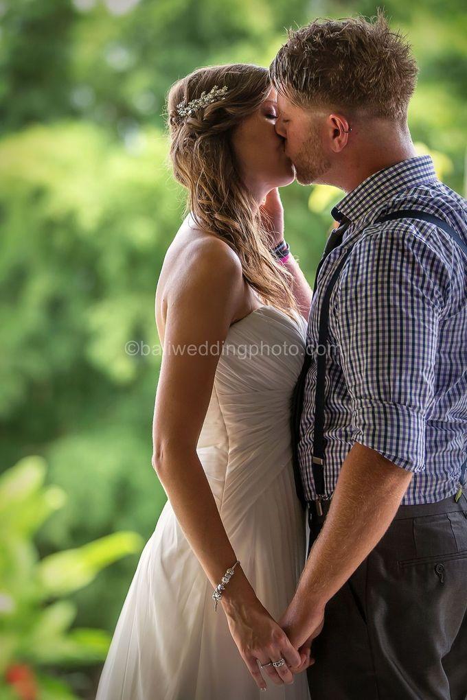 Wedding Photo of Ash and Bambi at Private Villa in Jimbaran by D'studio Photography Bali - 024