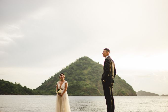 Beach Wedding at Plataran Komodo Resort and Spa by Plataran Indonesia - 011