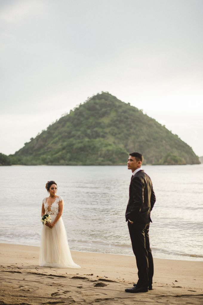 Beach Wedding at Plataran Komodo Resort and Spa by Plataran Indonesia - 012