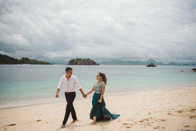 Beach Wedding at Plataran Komodo Resort and Spa by Plataran Indonesia - 016