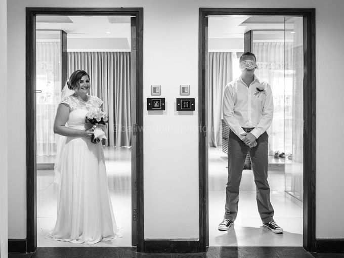 Bali Wedding Photography of Tori and Mark Wedding Day by D'studio Photography Bali - 006
