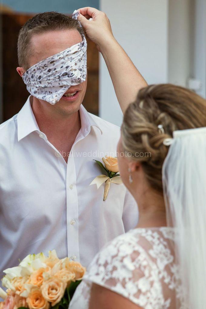 Bali Wedding Photography of Tori and Mark Wedding Day by D'studio Photography Bali - 010