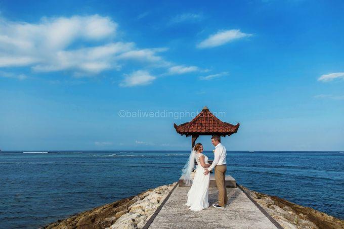 Bali Wedding Photography of Tori and Mark Wedding Day by D'studio Photography Bali - 012