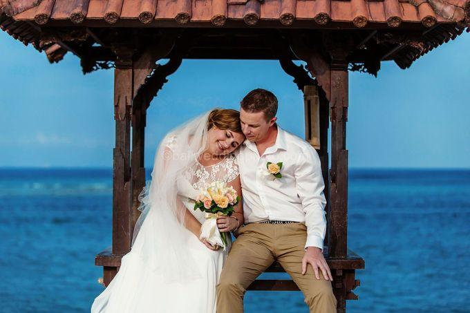 Bali Wedding Photography of Tori and Mark Wedding Day by D'studio Photography Bali - 013