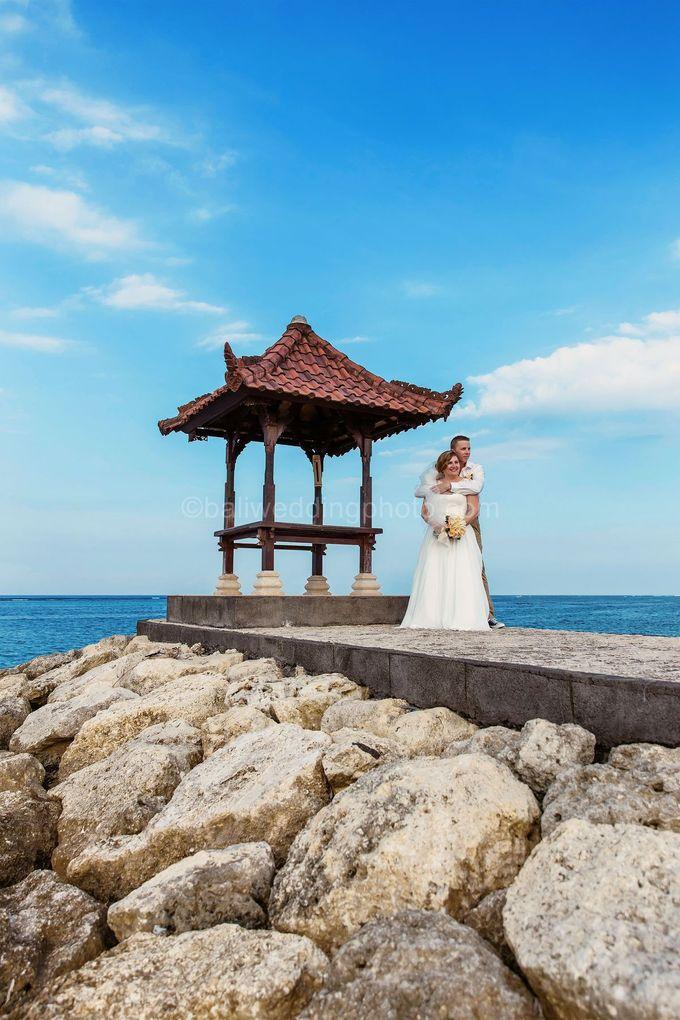 Bali Wedding Photography of Tori and Mark Wedding Day by D'studio Photography Bali - 014