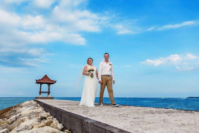 Bali Wedding Photography of Tori and Mark Wedding Day by D'studio Photography Bali - 016