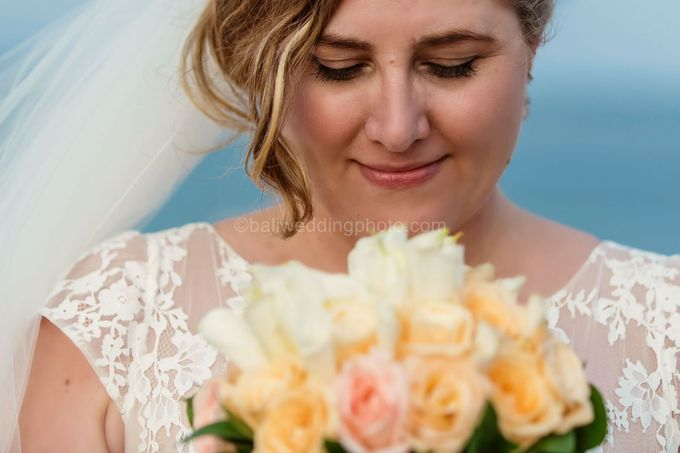 Bali Wedding Photography of Tori and Mark Wedding Day by D'studio Photography Bali - 018