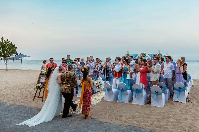 Bali Wedding Photography of Tori and Mark Wedding Day by D'studio Photography Bali - 021