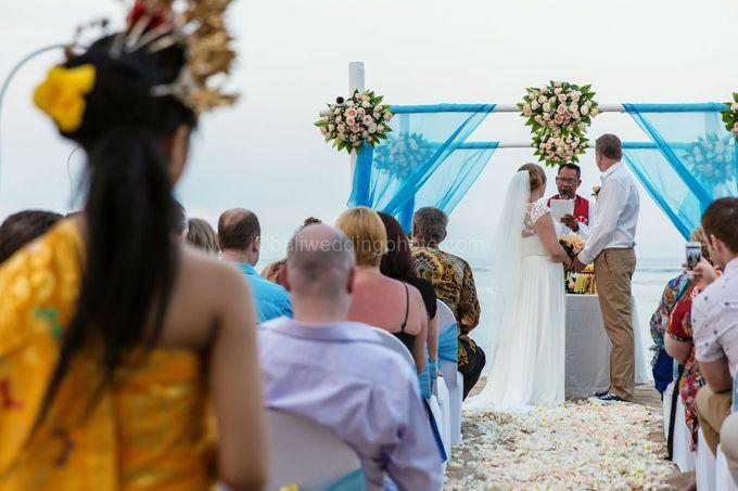 Bali Wedding Photography of Tori and Mark Wedding Day by D'studio Photography Bali - 023