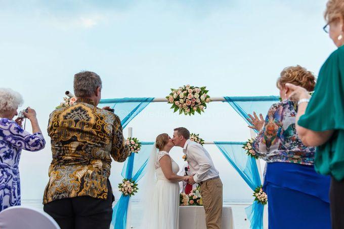 Bali Wedding Photography of Tori and Mark Wedding Day by D'studio Photography Bali - 031