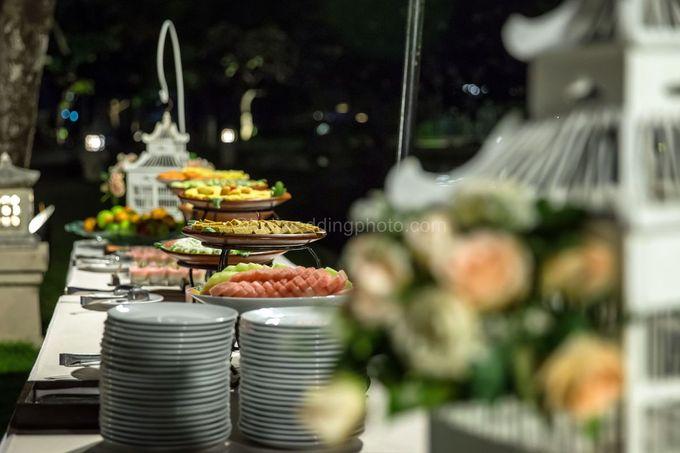 Bali Wedding Photography of Tori and Mark Wedding Day by D'studio Photography Bali - 036