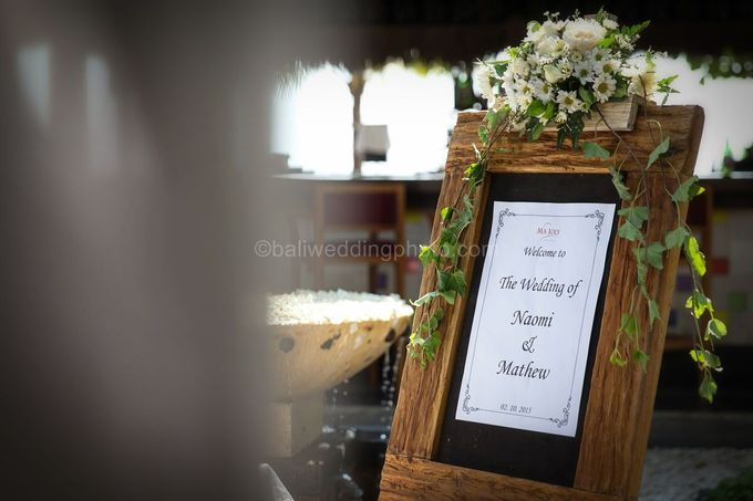 Wedding Pictures of Mat and Naomi Wedding Day at Ma Joly Bali by D'studio Photography Bali - 004