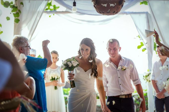 Wedding Pictures of Mat and Naomi Wedding Day at Ma Joly Bali by D'studio Photography Bali - 022
