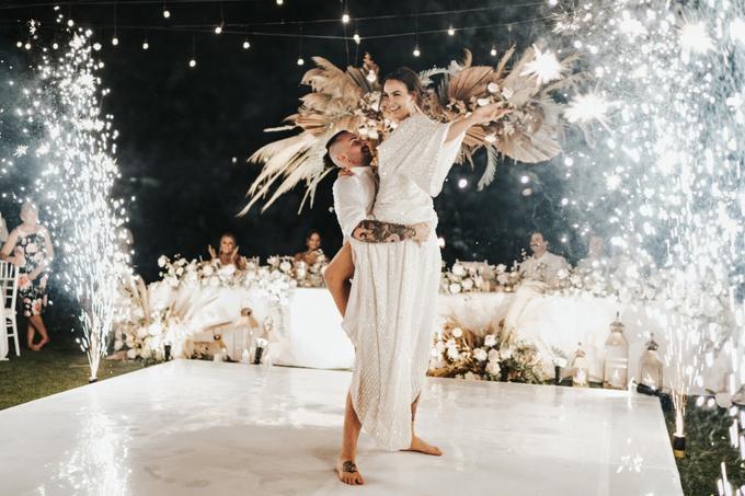 Polly and Tom Wedding  by Bali Wonderful Decor - 031