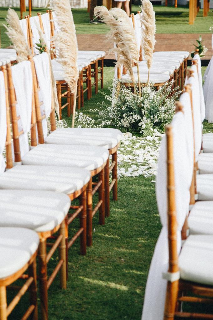 Dessy & Alvian Wedding by Vantis Official - 003
