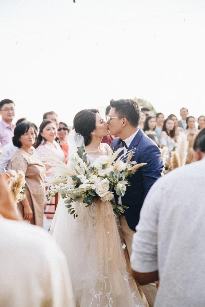 Dessy & Alvian Wedding by Vantis Official - 002
