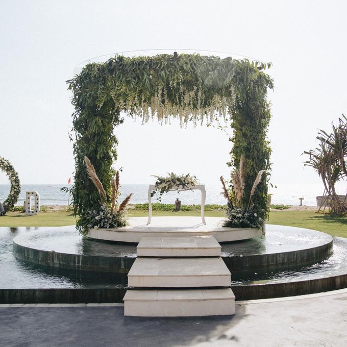 Dessy & Alvian Wedding by Bali Wonderful Decor - 007