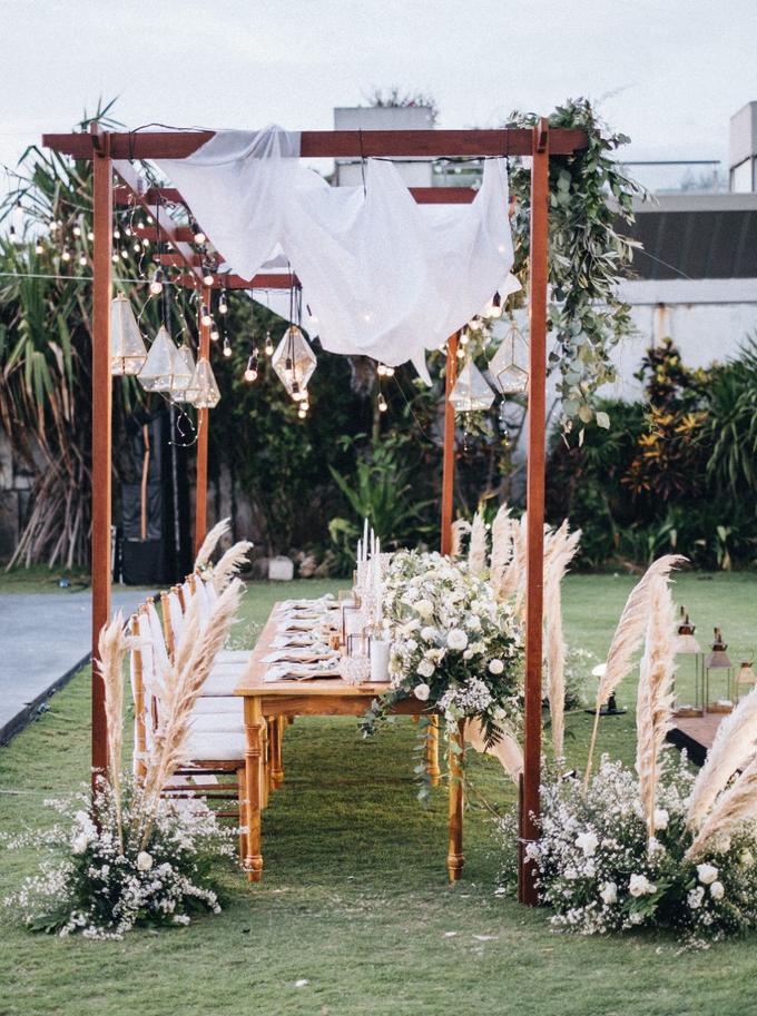 Dessy & Alvian Wedding by Bali Wonderful Decor - 016