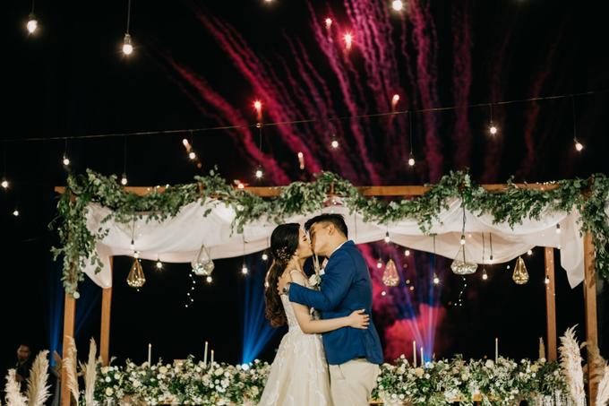 Dessy & Alvian Wedding by Vantis Official - 031