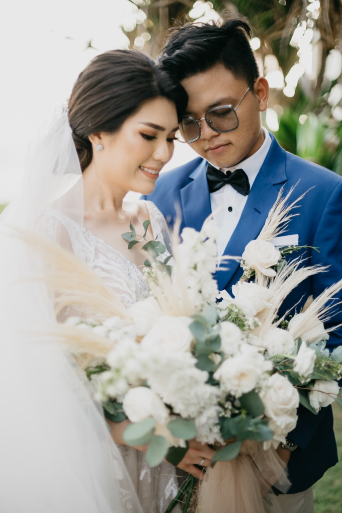 Dessy & Alvian Wedding by Vantis Official - 038