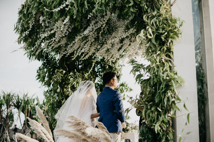 Dessy & Alvian Wedding by Vantis Official - 043