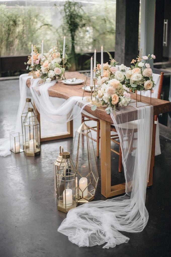 Zamir and Vivi wedding reception by Bali Wonderful Decor - 014