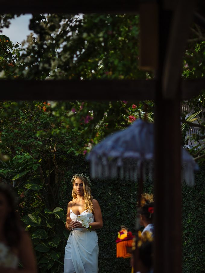 Danni and Jon | Bali wedding by Wainwright Weddings - 017