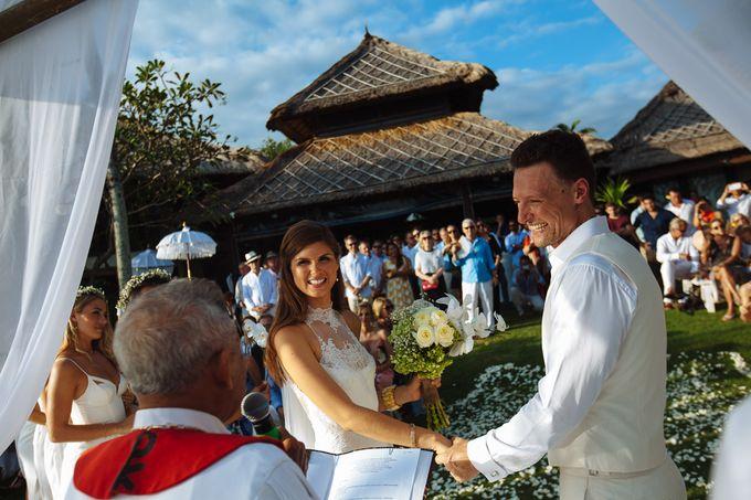 Danni and Jon | Bali wedding by Wainwright Weddings - 021