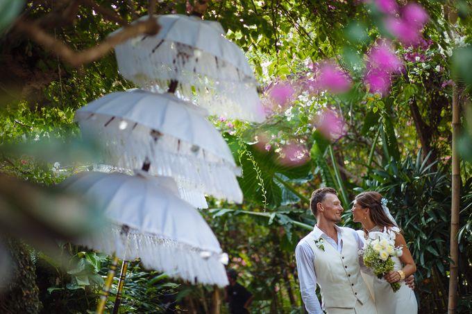 Danni and Jon | Bali wedding by Wainwright Weddings - 024