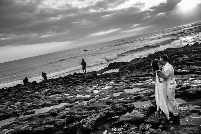 Danni and Jon | Bali wedding by Wainwright Weddings - 025