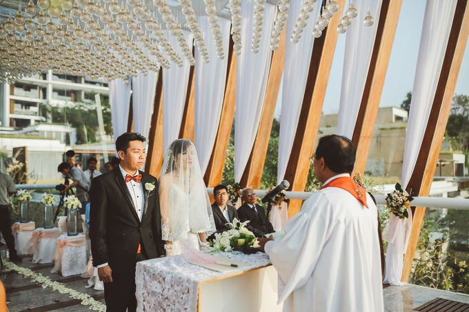 Bali Chapel Wedding - Roy & Sherry by The Deluzion Visual Works - 025