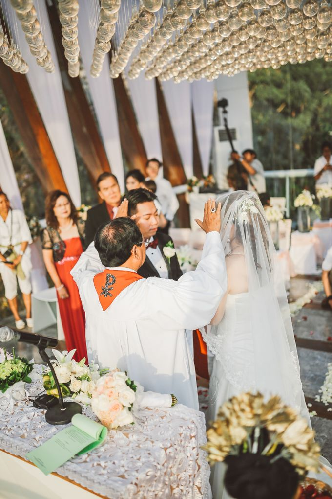 Bali Chapel Wedding - Roy & Sherry by The Deluzion Visual Works - 028
