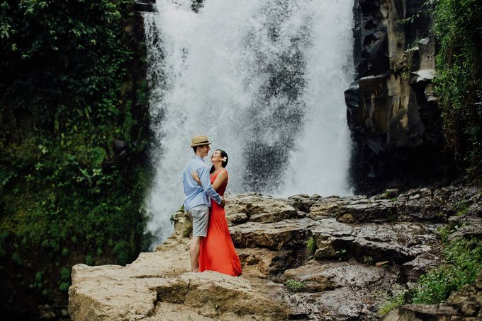 Two Hour Engagement  of  Michelle and  Gilles by Apel Photography - 038