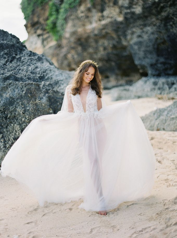Bali beach wedding inspiration by NOMA Jewelry & Accessories - 004