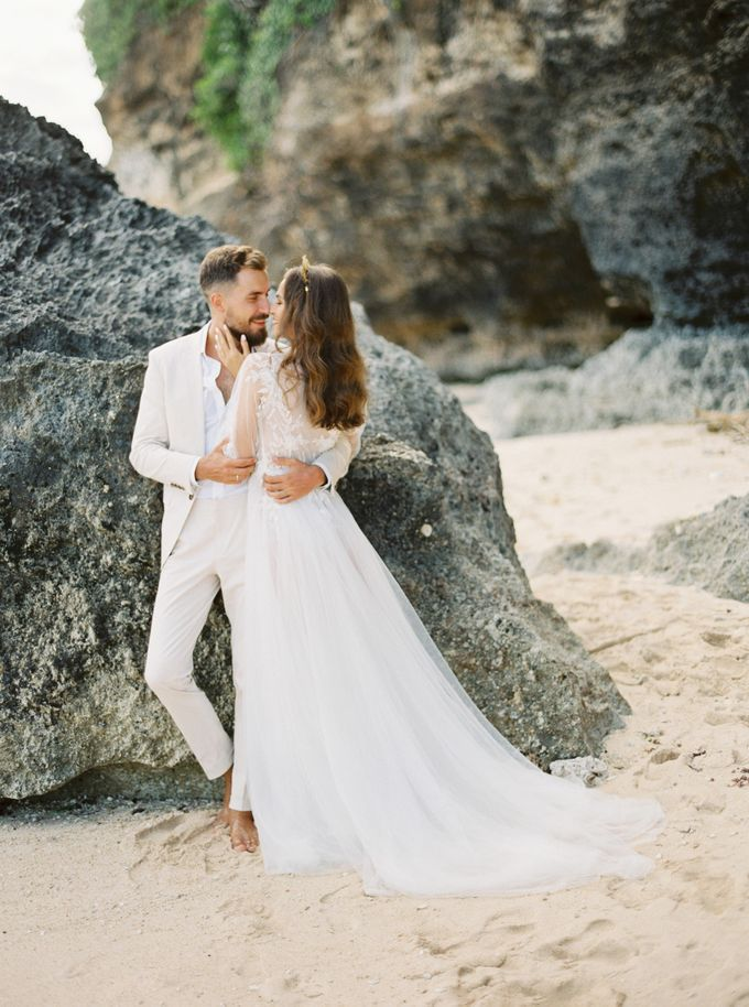Bali beach wedding inspiration by NOMA Jewelry & Accessories - 011