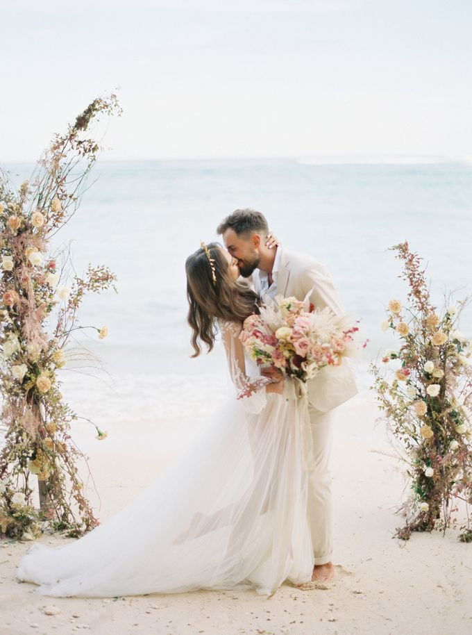 Bali beach wedding inspiration by NOMA Jewelry & Accessories - 015