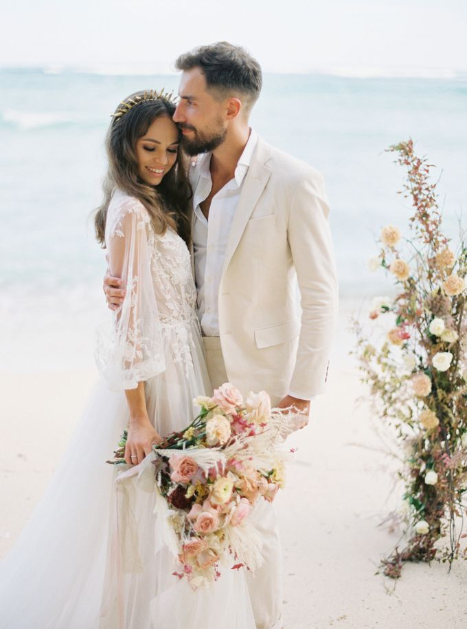 Bali beach wedding inspiration by NOMA Jewelry & Accessories - 016