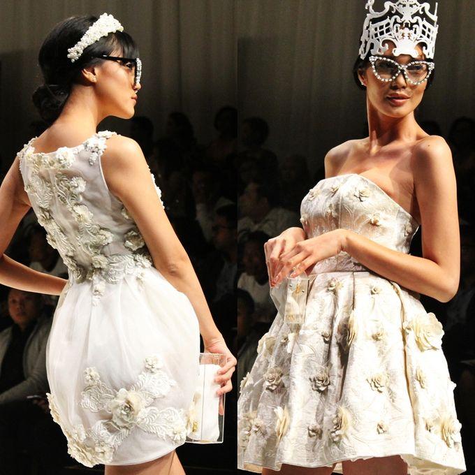 Royal Embroidery by Barli Asmara Couture - 005